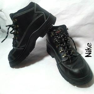 Nike black boots size 5